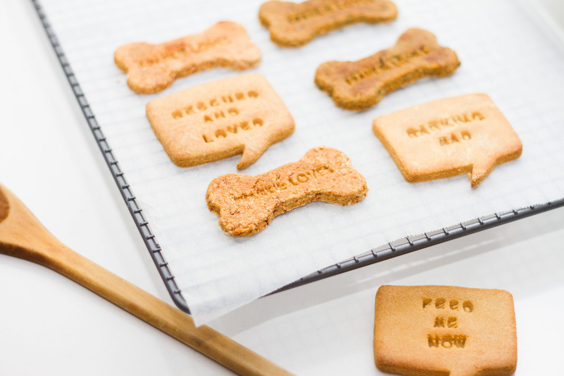 Frankie Loves personalised biscuits