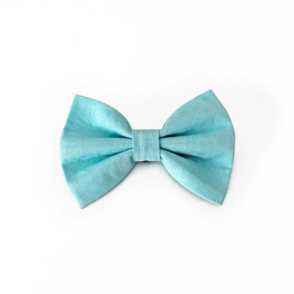 Iceberg blue dog bow tie